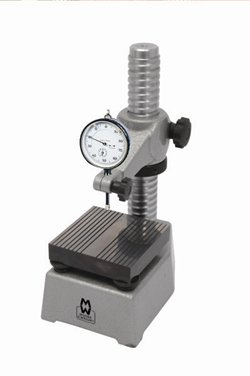 Comparator Stand 498 Series